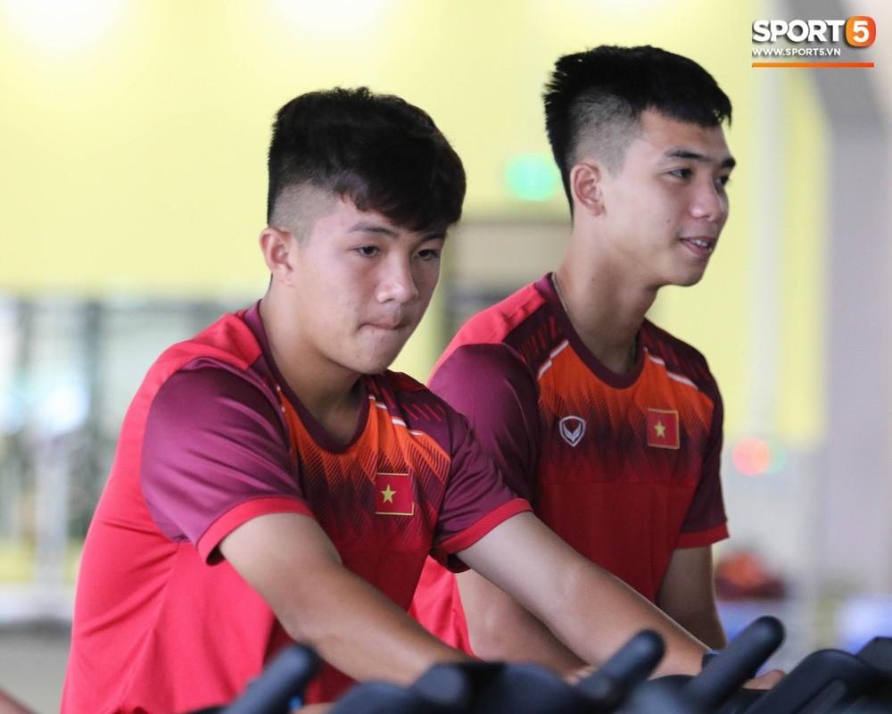 U18 Việt Nam hăng say tập luyện hướng tới giải U18 Đông Nam Á - Ảnh 5.
