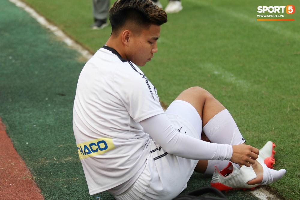 Xuân Trường, Văn Toàn quấn nhau như sam trong buổi tập trước thềm cuộc đọ sức với Hà Nội FC tại V.League - Ảnh 5.