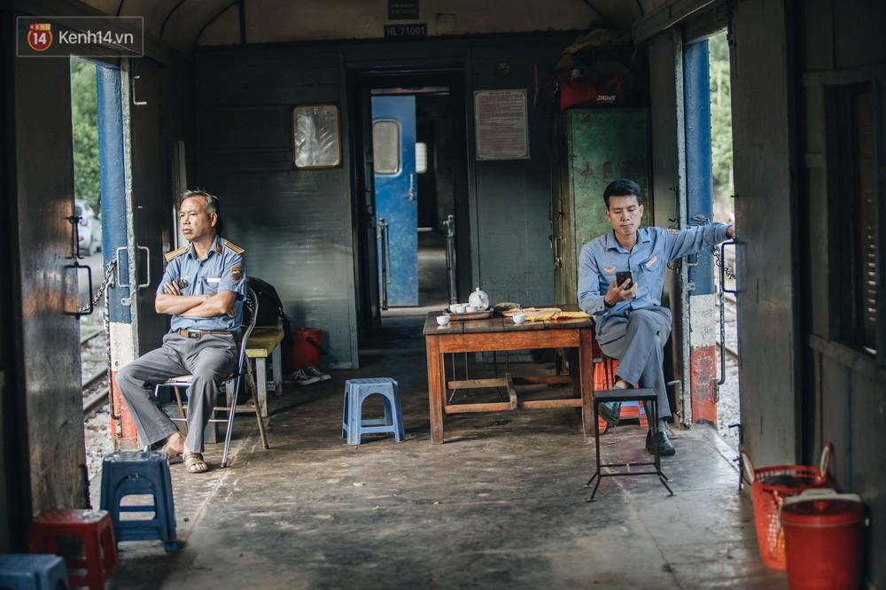 8 giờ trên chuyến tàu kỳ lạ nhất Việt Nam: Rời ga mà không có một hành khách nào - Ảnh 11.