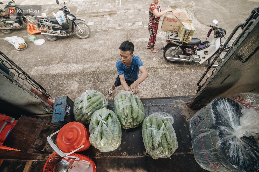 8 giờ trên chuyến tàu kỳ lạ nhất Việt Nam: Rời ga mà không có một hành khách nào - Ảnh 15.