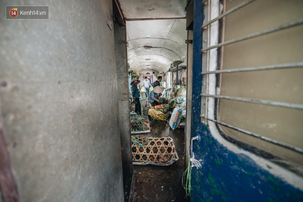 8 giờ trên chuyến tàu kỳ lạ nhất Việt Nam: Rời ga mà không có một hành khách nào - Ảnh 20.