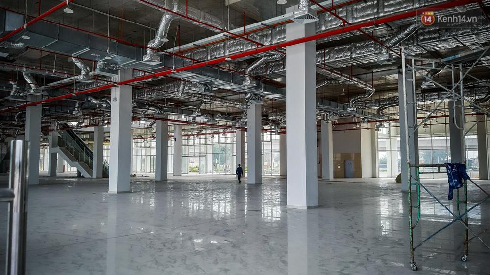 Bên trong khu phức hợp bến xe Miền Đông mới, vốn đầu tư 4.000 tỉ đồng trước ngày đi vào hoạt động - Ảnh 14.
