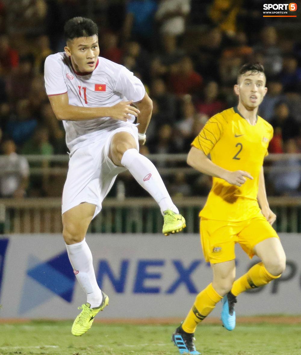Võ Nguyên Hoàng (U18 Việt Nam): Cú đánh đầu tung lưới Australia và sự sám hối của tuổi trẻ bồng bột - Ảnh 11.