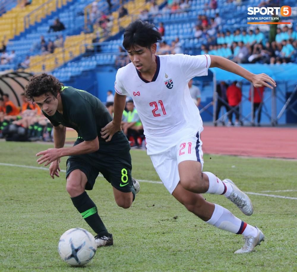 Thi đấu với sơ đồ 3 hậu vệ giống thầy Park, U18 Thái Lan vẫn nhận cái kết đắng trước Australia tại giải U18 Đông Nam Á - Ảnh 3.
