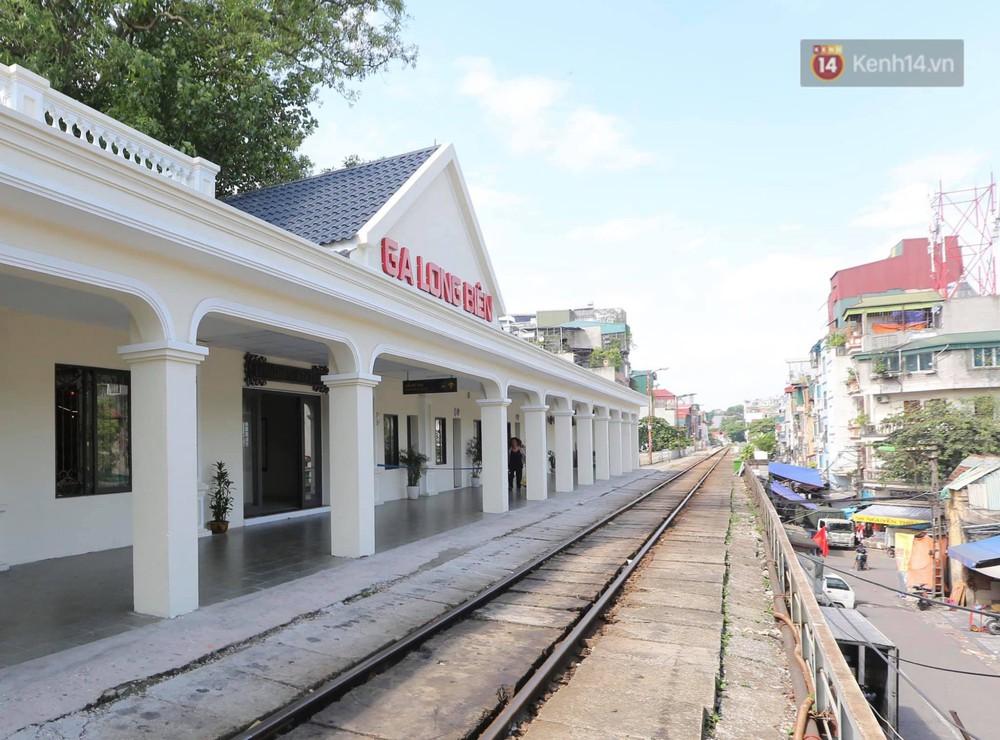 Ảnh: Người dân thủ đô ngỡ ngàng trước diện mạo mới ga Long Biên sau hơn 100 năm hoạt động - Ảnh 13.