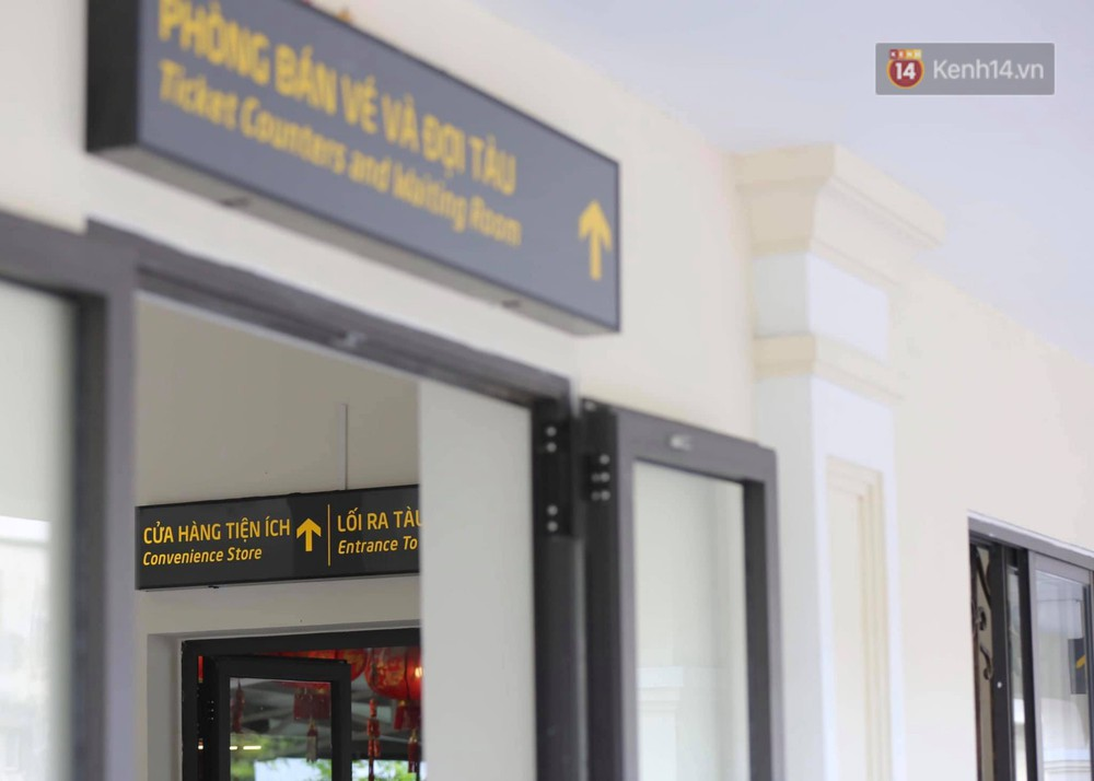 Ảnh: Người dân thủ đô ngỡ ngàng trước diện mạo mới ga Long Biên sau hơn 100 năm hoạt động - Ảnh 8.