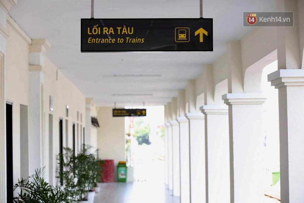 Ảnh: Người dân thủ đô ngỡ ngàng trước diện mạo mới ga Long Biên sau hơn 100 năm hoạt động - Ảnh 9.