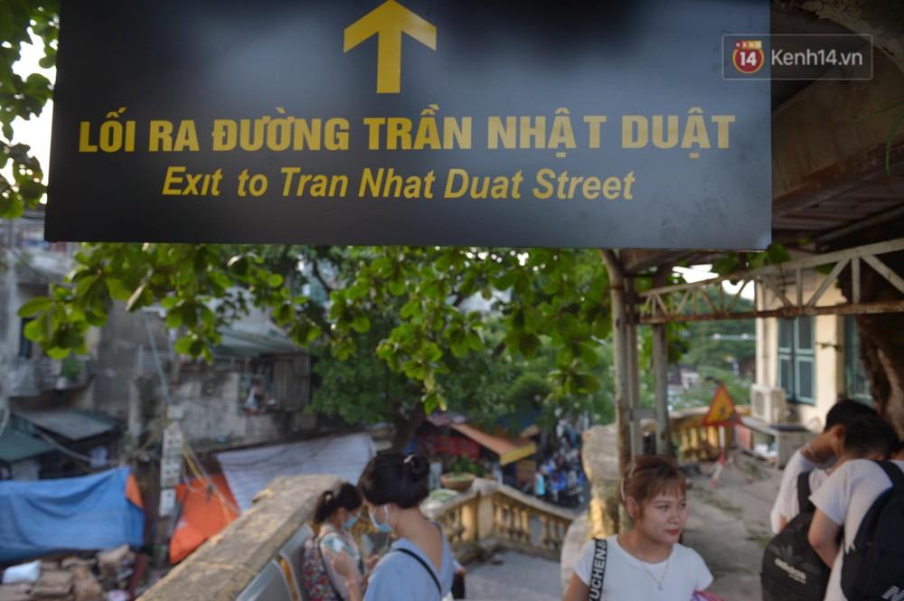 Ảnh: Người dân thủ đô ngỡ ngàng trước diện mạo mới ga Long Biên sau hơn 100 năm hoạt động - Ảnh 15.