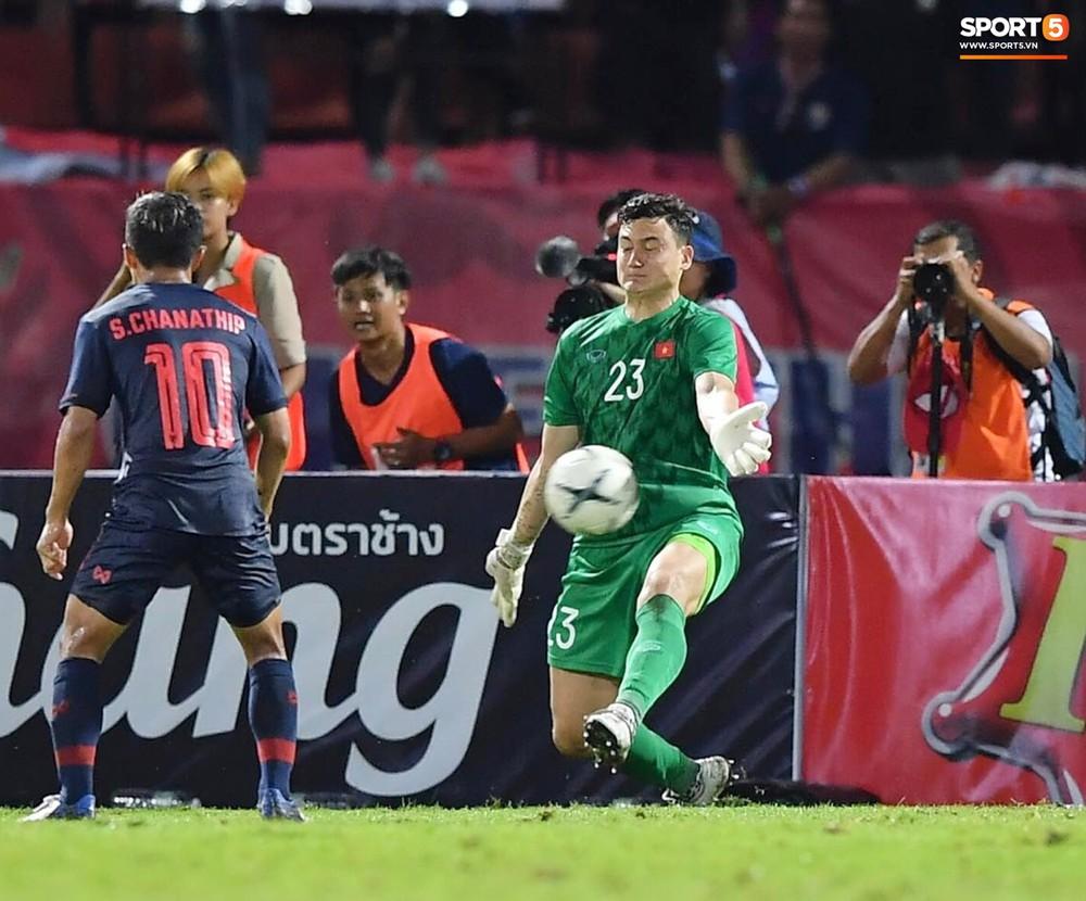 Không phải thần may mắn, đây mới là người giúp Việt Nam có 1 điểm quý giá trước Thái Lan tại Vòng loại World Cup 2022 - Ảnh 4.