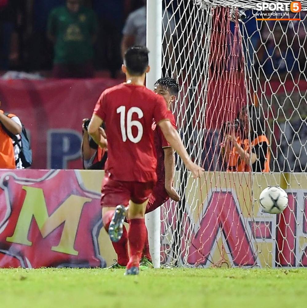 Không phải thần may mắn, đây mới là người giúp Việt Nam có 1 điểm quý giá trước Thái Lan tại Vòng loại World Cup 2022 - Ảnh 6.