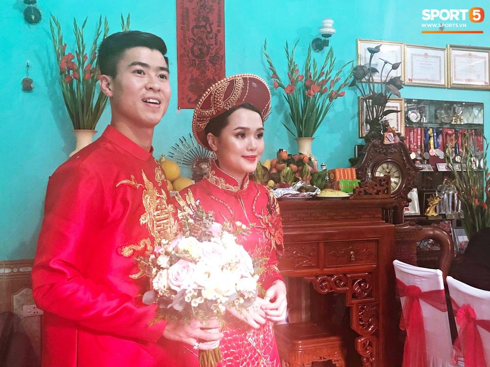 Đám hỏi Duy Mạnh - Quỳnh Anh: Cô dâu chú rể cảm ơn quan khách, kết thúc buổi lễ vất vả nhưng đầy hạnh phúc - Ảnh 5.