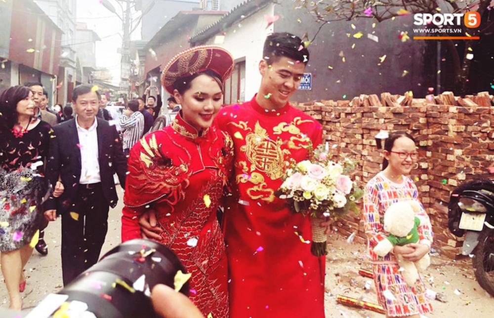 Đám hỏi Duy Mạnh - Quỳnh Anh: Cô dâu chú rể cảm ơn quan khách, kết thúc buổi lễ vất vả nhưng đầy hạnh phúc - Ảnh 7.