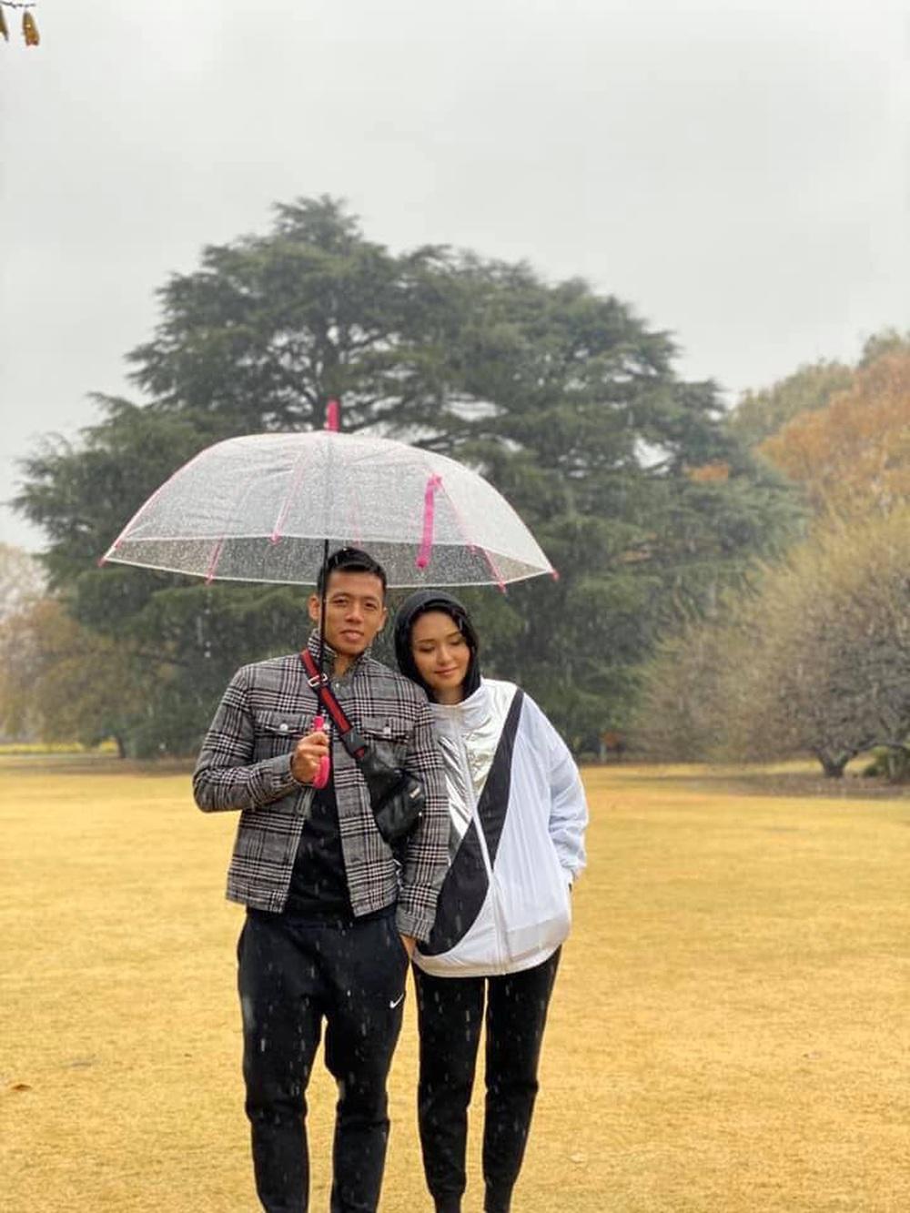 Đám hỏi Duy Mạnh - Quỳnh Anh: Cô dâu chú rể cảm ơn quan khách, kết thúc buổi lễ vất vả nhưng đầy hạnh phúc - Ảnh 14.