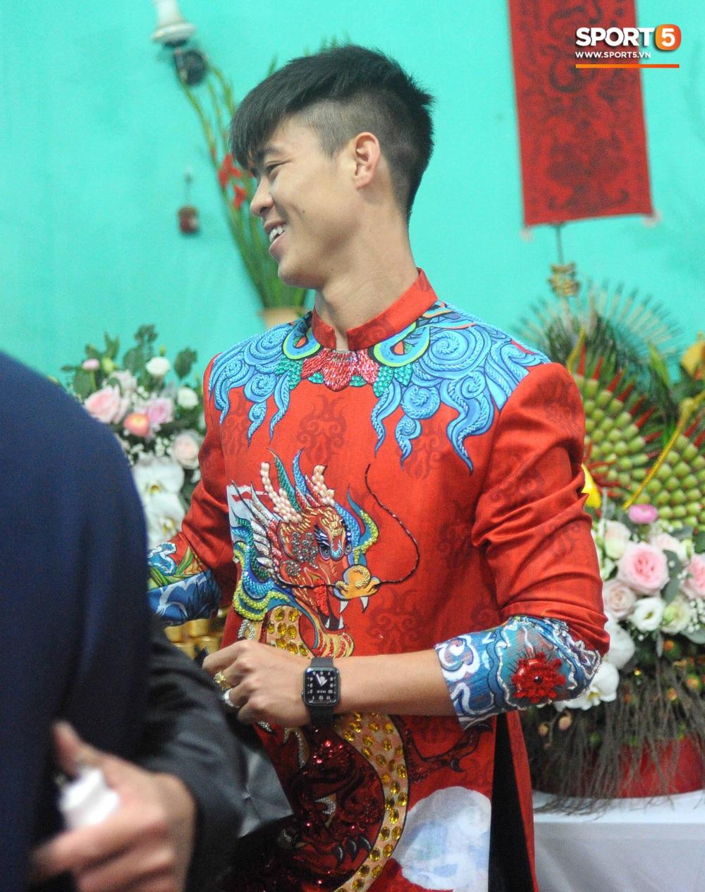 Đám hỏi Duy Mạnh - Quỳnh Anh: Cô dâu chú rể cảm ơn quan khách, kết thúc buổi lễ vất vả nhưng đầy hạnh phúc - Ảnh 41.