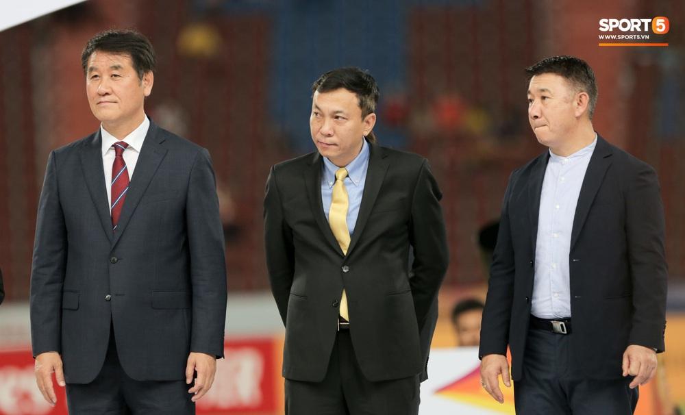 Người Việt Nam duy nhất có mặt ở lễ trao giải U23 châu Á 2020: Tiếc khi không được trao cúp vô địch cho thầy trò HLV Park Hang-seo - Ảnh 1.