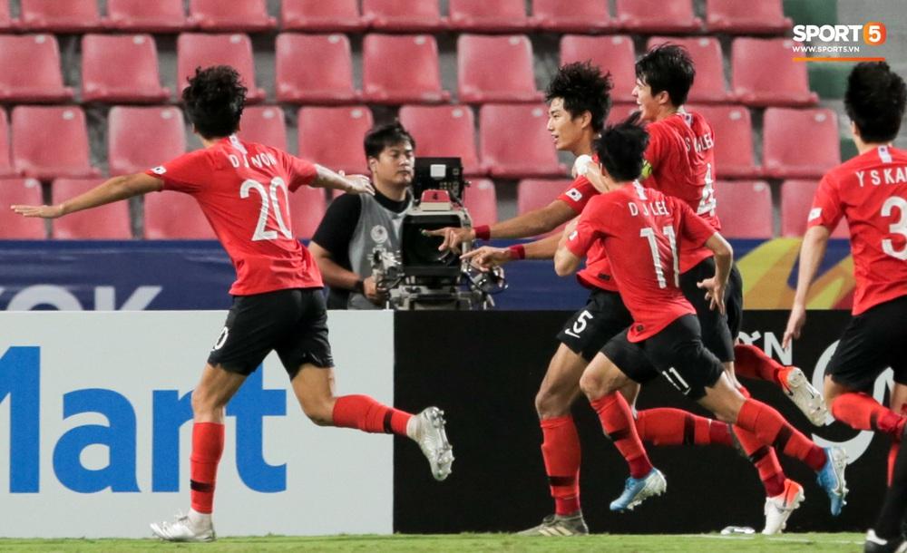 Người Việt Nam duy nhất có mặt ở lễ trao giải U23 châu Á 2020: Tiếc khi không được trao cúp vô địch cho thầy trò HLV Park Hang-seo - Ảnh 8.