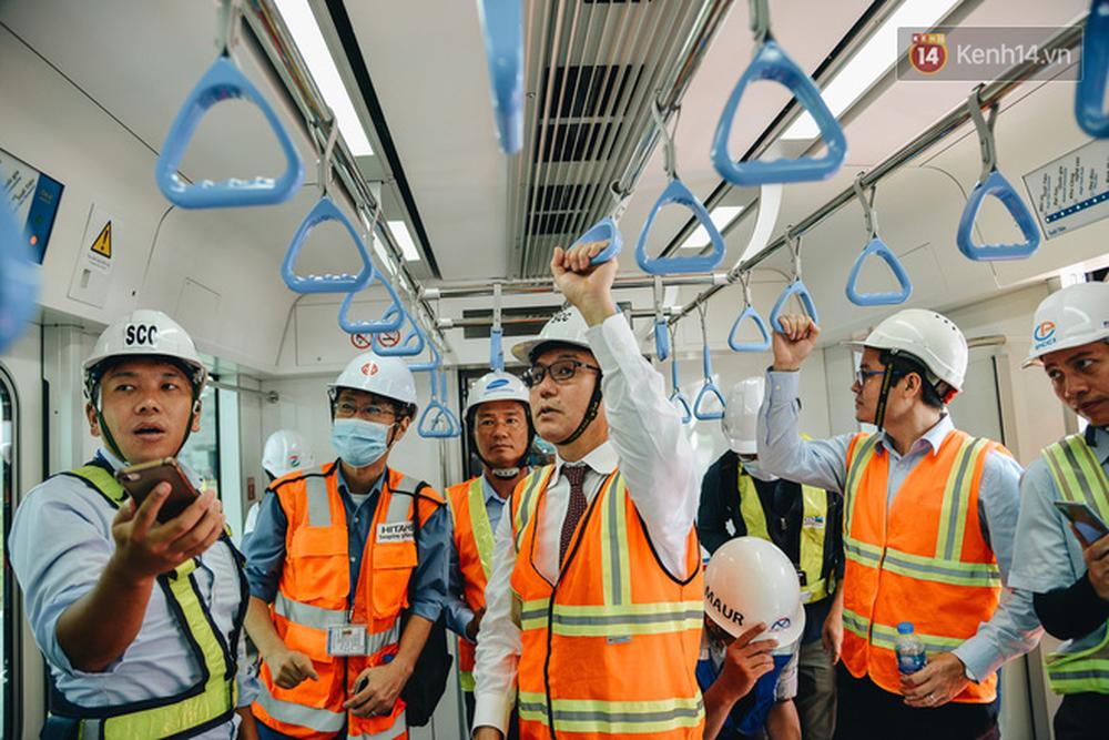 Cận cảnh nội thất hiện đại, cực xịn của đoàn tàu Metro số 1 đầu tiên vừa về Sài Gòn - Ảnh 8.