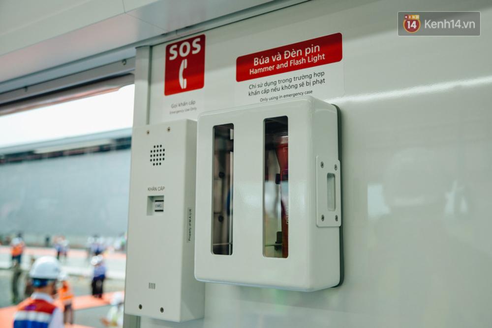 Cận cảnh nội thất hiện đại, cực xịn của đoàn tàu Metro số 1 đầu tiên vừa về Sài Gòn - Ảnh 10.