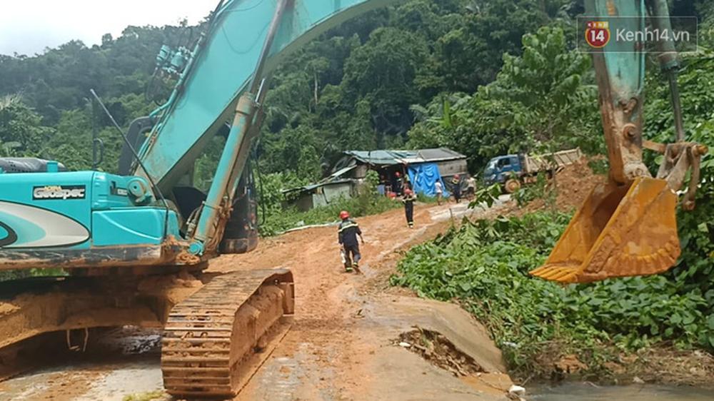Khung cảnh kinh hoàng tại khu nhà điều hành thủy điện Rào Trăng 3 bị đất đá vùi lấp - Ảnh 12.