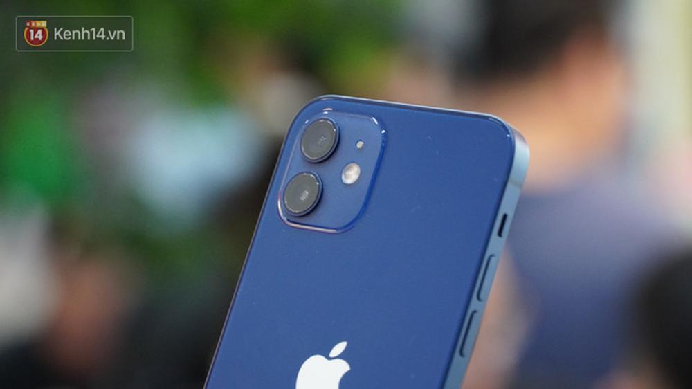 Trên tay iPhone 12 và iPhone 12 Pro tại Việt Nam - Ảnh 7.