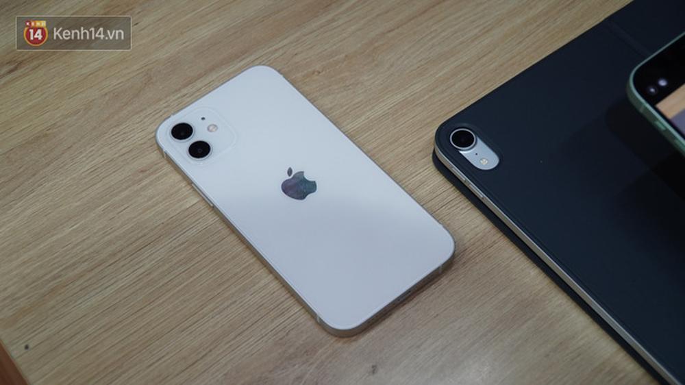 Trên tay iPhone 12 và iPhone 12 Pro tại Việt Nam - Ảnh 4.