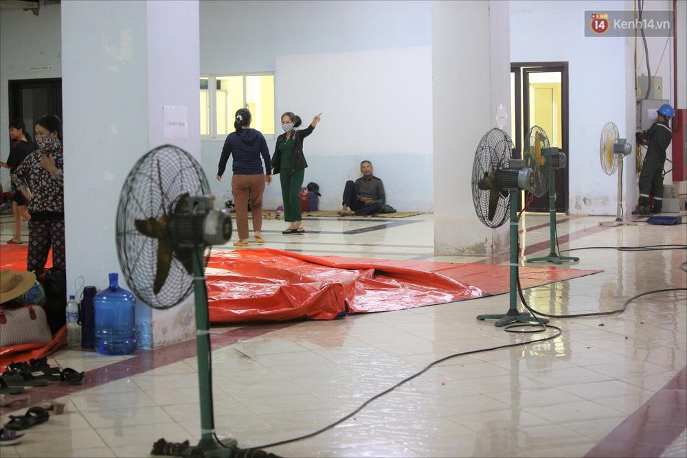 Ảnh: Ký túc xá trú bão 5 sao của người dân làng biển Quảng Ngãi - Ảnh 12.