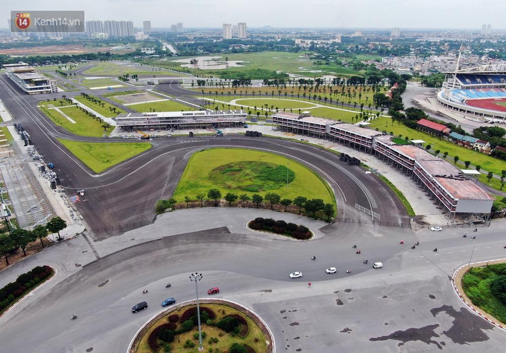 Sau 7 tháng tạm hoãn vì Covid-19, Hà Nội tiếp tục tháo dỡ khán đài đường đua F1 - Ảnh 5.