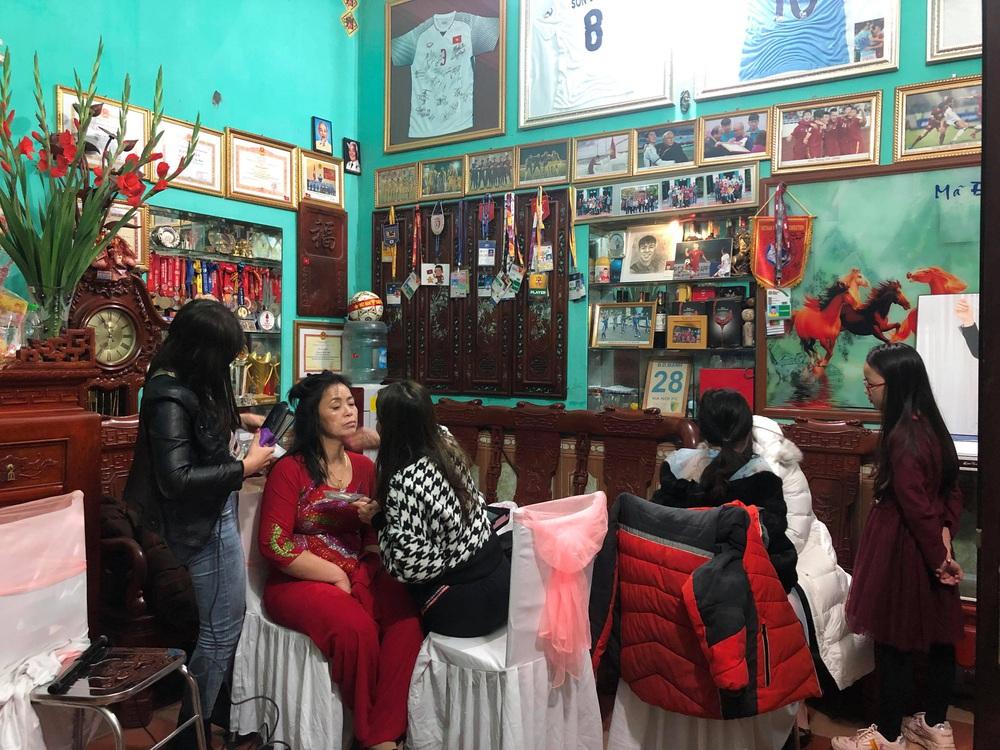 Lễ cưới Duy Mạnh - Quỳnh Anh: Cô dâu và chú rể trao nhẫn cho nhau trong tiếng reo hò của hơn một nghìn quan khách - Ảnh 24.