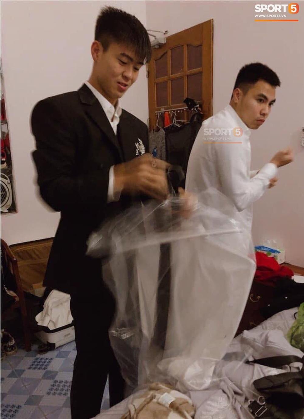 Lễ cưới Duy Mạnh - Quỳnh Anh: Cô dâu và chú rể trao nhẫn cho nhau trong tiếng reo hò của hơn một nghìn quan khách - Ảnh 23.