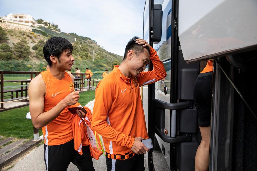 Chuyện lạ về Wuhan Zall, đội bóng có những cầu thủ may mắn thoát khỏi sự tàn phá của COVID-19 tại Trung Quốc nhưng vô tình bị cách ly ở nơi đất khách quê người - Ảnh 7.