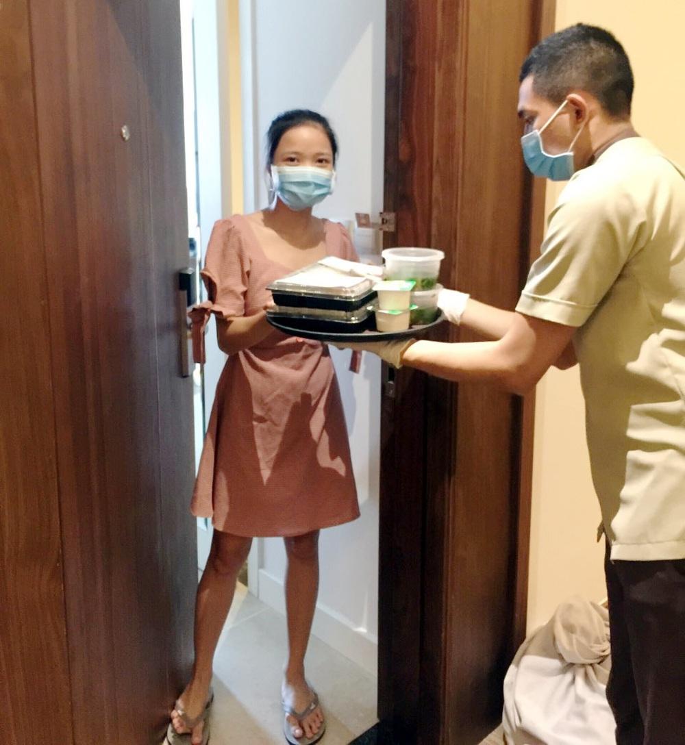 Cận cảnh bên trong khách sạn cách ly tập trung cho khách nước ngoài ở Đà Nẵng - Ảnh 18.