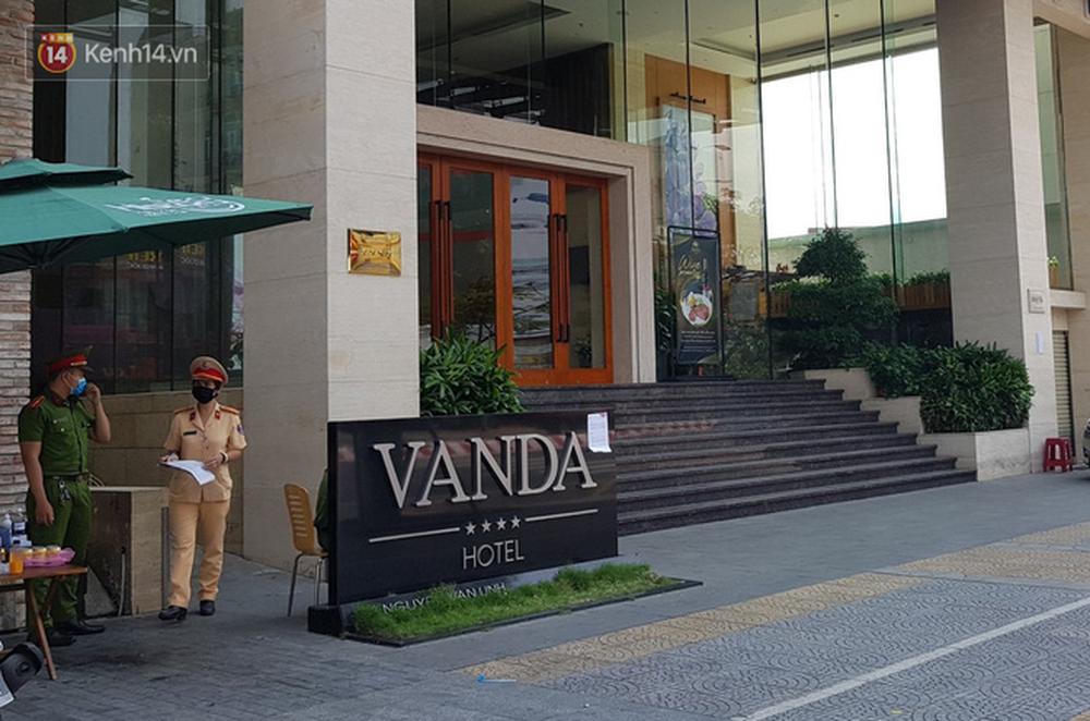 Cận cảnh bên trong khách sạn cách ly tập trung cho khách nước ngoài ở Đà Nẵng - Ảnh 16.