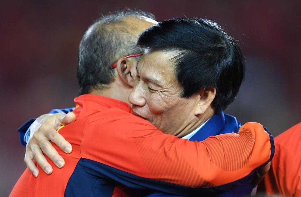 U22 Việt Nam ăn mừng cực cảm xúc khi vô địch SEA Games 30 - Ảnh 16.