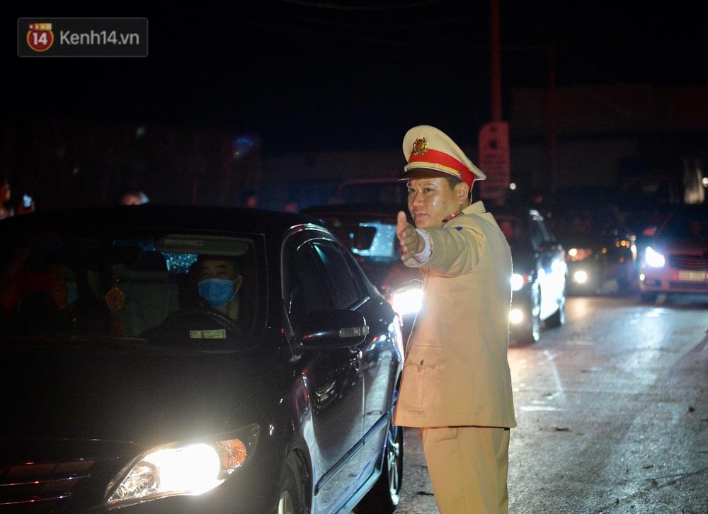 Ảnh: Chính thức dừng cách ly xã Sơn Lôi, người dân vui mừng được quay lại cuộc sống bình thường - Ảnh 11.