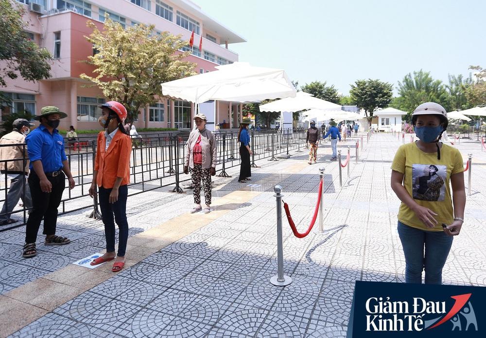 ATM gạo tự động đầu tiên ở Đà Nẵng: Không phân biệt bạn đi xe gì, ai cần cứ đến lấy! - Ảnh 6.