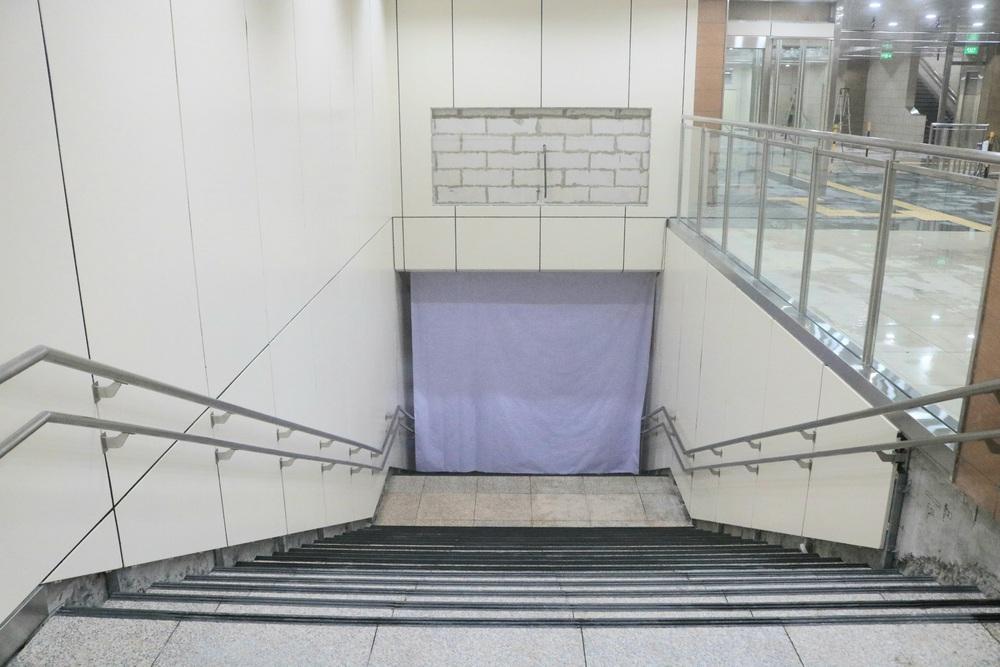 Cận cảnh những hình ảnh bên trong ga ngầm Nhà hát Thành phố của tuyến Metro Bến Thành - Suối Tiên - Ảnh 4.