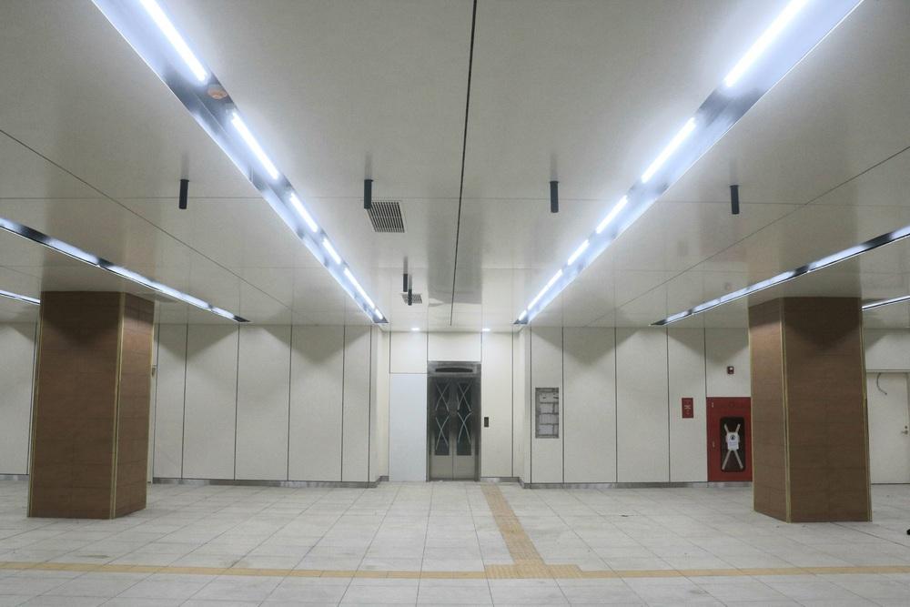 Cận cảnh những hình ảnh bên trong ga ngầm Nhà hát Thành phố của tuyến Metro Bến Thành - Suối Tiên - Ảnh 7.