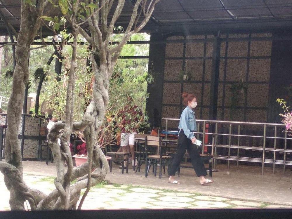 Rò rỉ clip quay rõ cảnh Ninh Dương Lan Ngọc - Chi Dân hẹn hò ở Đà Lạt do fan bắt quả tang ngay tại hiện trường - Ảnh 5.