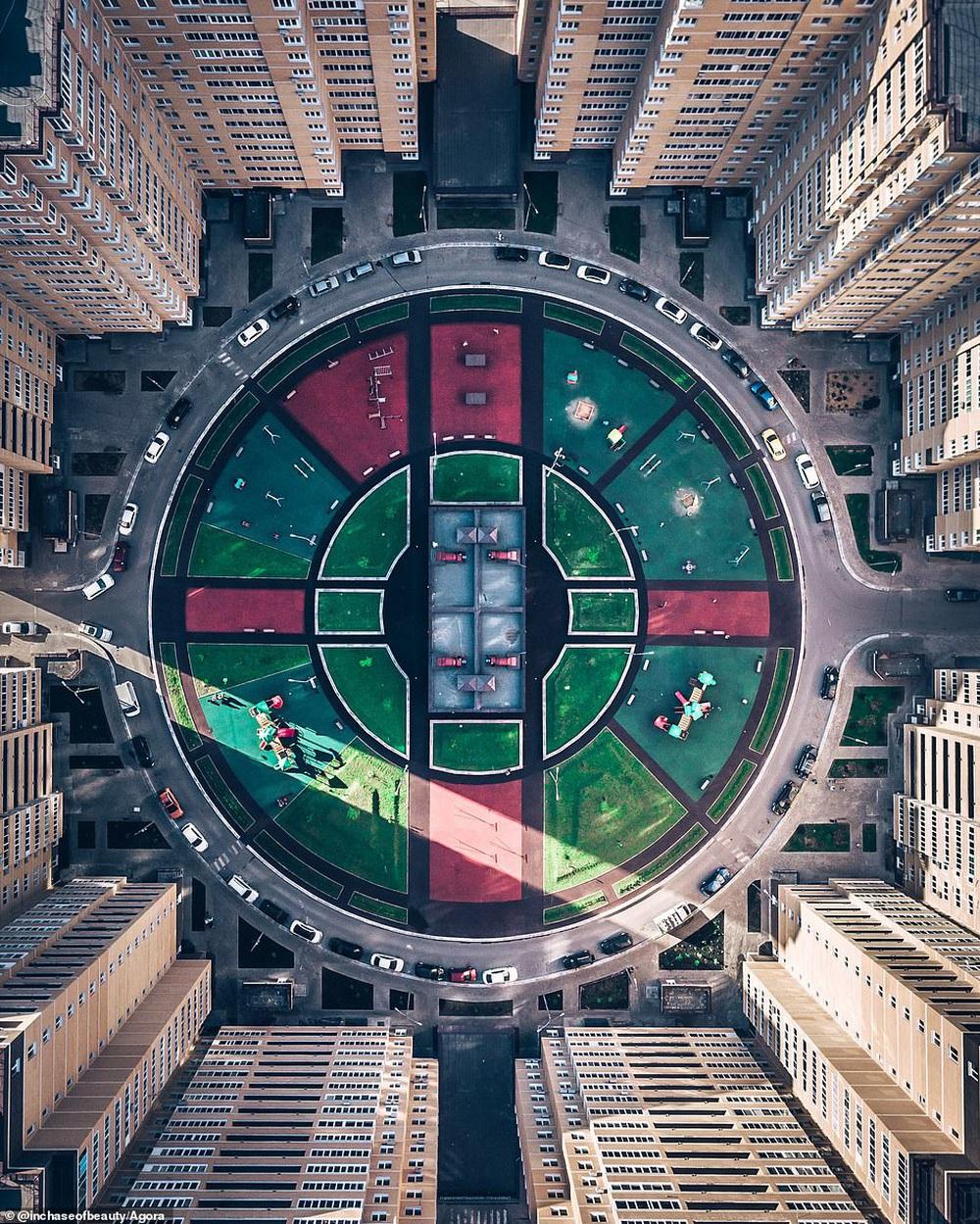 Cầu Vàng vượt qua 10.000 đối thủ giành chiến thắng giải nhiếp ảnh Architecture 2020, một địa danh khác của Việt Nam cũng lọt top đề cử - Ảnh 4.