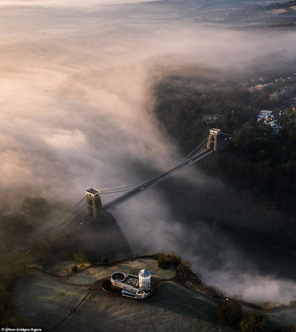 Cầu Vàng vượt qua 10.000 đối thủ giành chiến thắng giải nhiếp ảnh Architecture 2020, một địa danh khác của Việt Nam cũng lọt top đề cử - Ảnh 15.