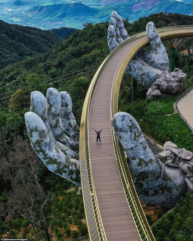 Cầu Vàng vượt qua 10.000 đối thủ giành chiến thắng giải nhiếp ảnh Architecture 2020, một địa danh khác của Việt Nam cũng lọt top đề cử - Ảnh 21.