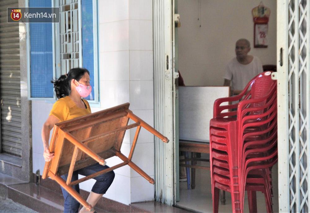 Toàn cảnh Đà Nẵng ngày đầu cách ly xã hội: Bãi biển không bóng người, bến xe dừng hoạt động - Ảnh 17.