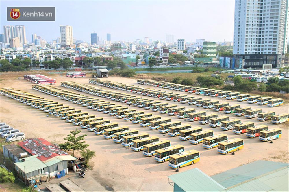 Toàn cảnh Đà Nẵng ngày đầu cách ly xã hội: Bãi biển không bóng người, bến xe dừng hoạt động - Ảnh 14.