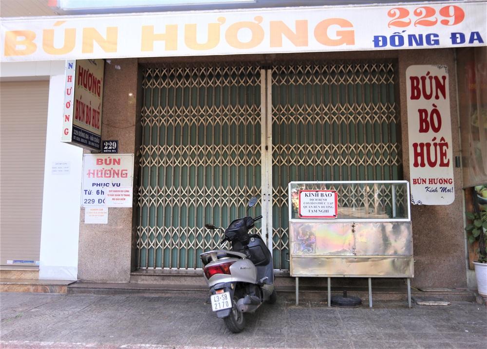 Chùm ảnh: Tất cả hàng quán ở Đà Nẵng chính thức đóng cửa, ngưng cả bán mang về từ 13 giờ chiều nay - Ảnh 4.