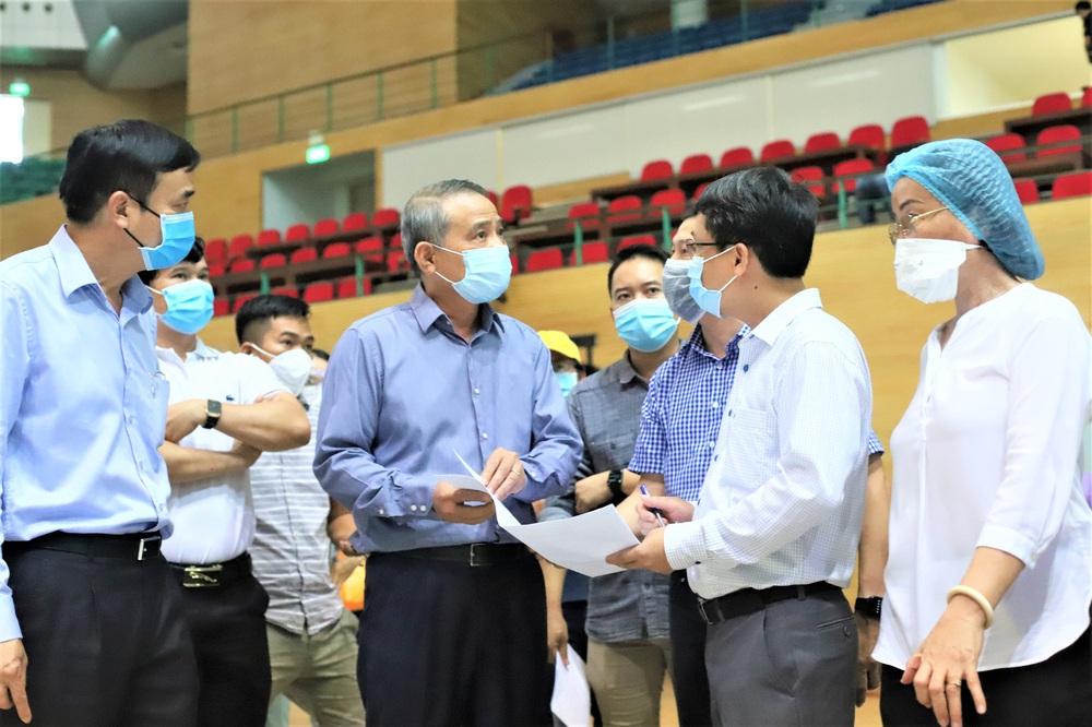 Cận cảnh bên trong Bệnh viện dã chiến chống Covid-19 đầu tiên tại Đà Nẵng - Ảnh 3.