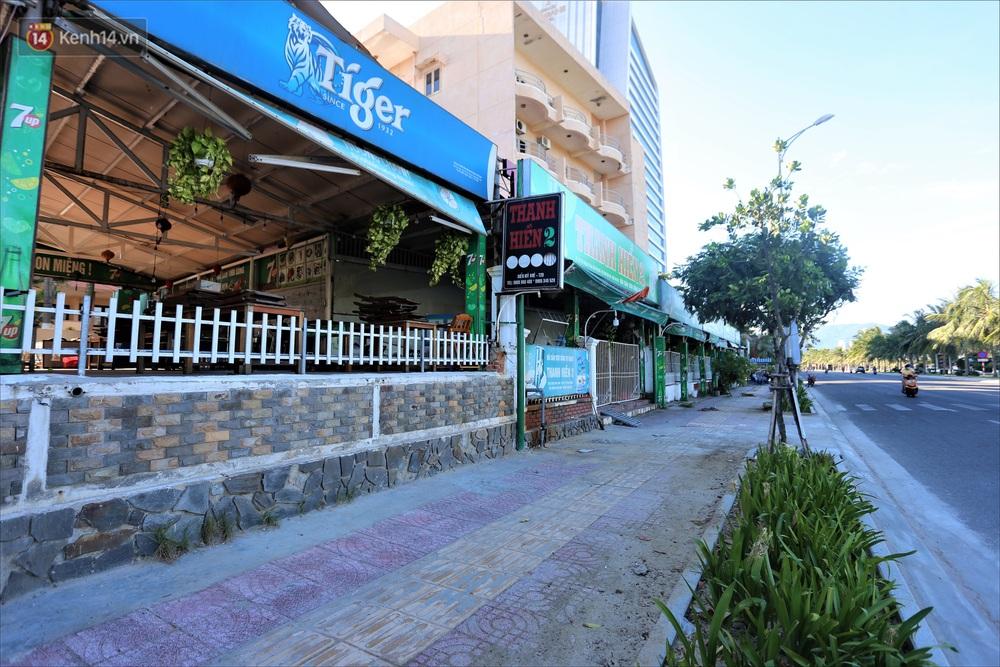 Nhiều hàng quán ở Đà Nẵng vẫn bất động dù đã được phép mở cửa, treo biển sang nhượng - Ảnh 3.