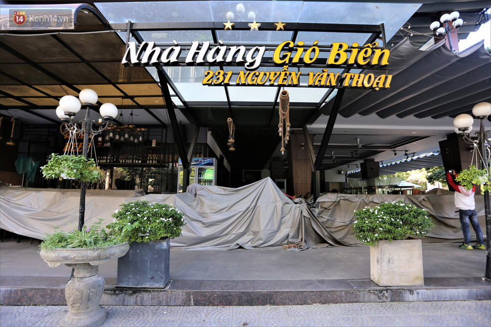Nhiều hàng quán ở Đà Nẵng vẫn bất động dù đã được phép mở cửa, treo biển sang nhượng - Ảnh 6.