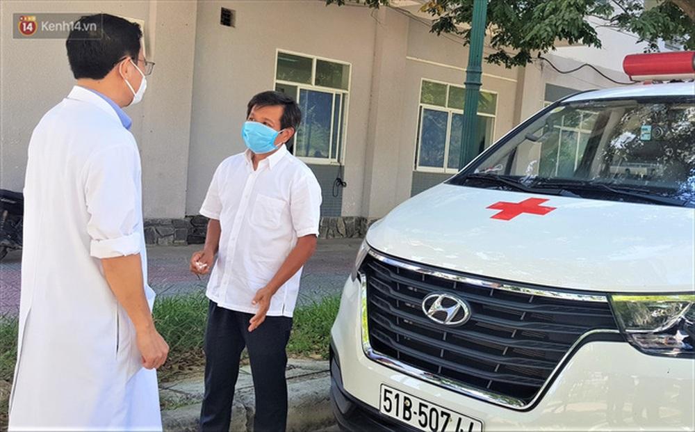 """Ông Đoàn Ngọc Hải và xe cứu thương lần đầu đến Đà Nẵng: """"Tôi rất sợ người dân hiểu lầm mình lợi dụng để kiếm tiền, nổi tiếng - Ảnh 2."""