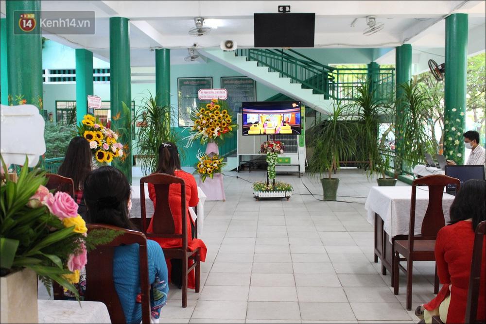 Nữ hiệu trưởng tại Đà Nẵng: 30 năm đi dạy, lần đầu tiên khai giảng không có học sinh - Ảnh 6.