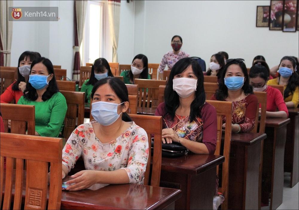 Nữ hiệu trưởng tại Đà Nẵng: 30 năm đi dạy, lần đầu tiên khai giảng không có học sinh - Ảnh 8.